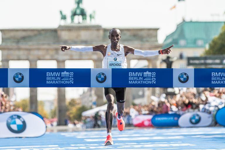 男子 マラソン 世界 記録